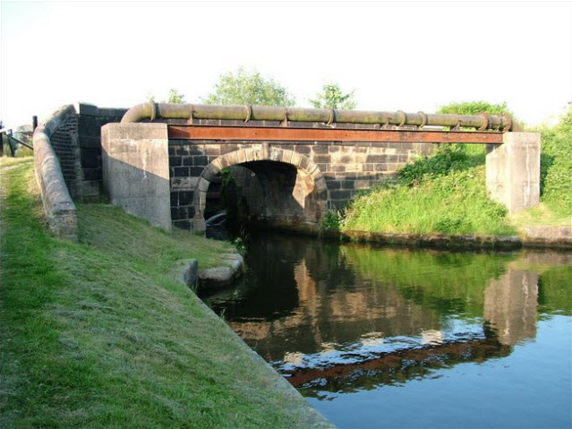 Bridge 56  over canal  south of Lock 05