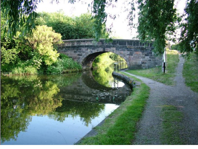 Bridge 57  at junction of canal and Cale Lane